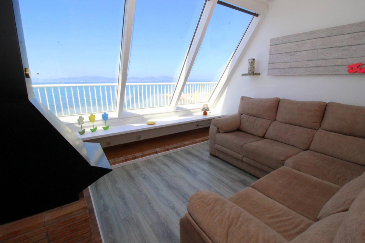 Apartamento -                                       El Cargol -                                       3 dormitorios -                                       5 ocupantes