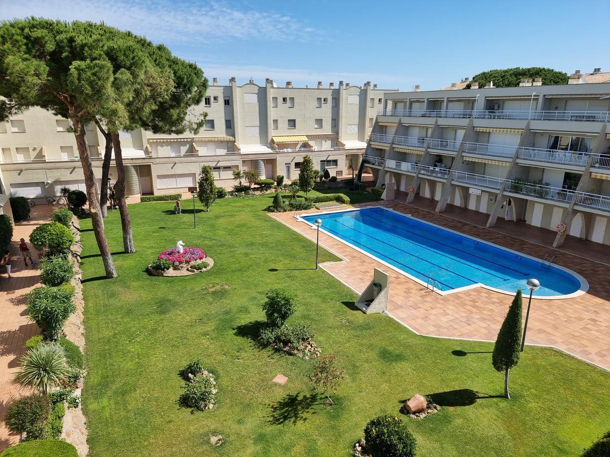 Apartamento -                                       Els Pins -                                       2 dormitorios -                                       4/6 ocupantes